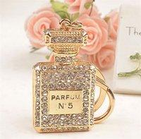 Wholesale Christmas Promotion Gift Luxury Design Perfume Bottle Crystal Paved Charm Keychain Key Ring Carabiner Women Handbag Accessory