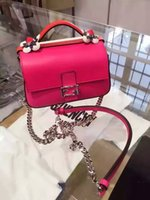 Wholesale New listing new spring and summer Lingge Messenger bag small fragrant wind temperament buckle chain mini shoulder bag