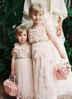 beautiful dresse - Beautiful Vintage Flower Girl Dresses for Wedding Party appliques Flower Pearls Sash Spaghetti Floor Length A line Girls Pageant Dresse