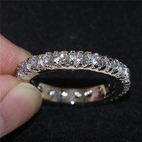 Moda Ronda de ajuste de circón diamante simulado de la piedra preciosa de la boda de la eternidad Anillos Bandas para las mujeres 925 pavimenta la joyería