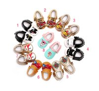 baby walkers cars - Baby Tassels Moccasins shoes Soft sole cartoon Snowman Christmas Tree SpiderMan cars Shoes PU leather infant Baby First Walker shoes C1440