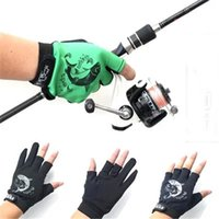 Wholesale New Camouflage Fishing Gloves and Fingers Cut Outdoor Sports Waterproof Finger Expose Hide Glove Free Size F360