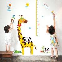 Etiqueta engomada decorativa de la pared de la altura de los niños de la jirafa DIY / etiqueta engomada desprendible de la carta de crecimiento para el tamaño de la decoración 60 * 90CM de la pared fácil aplicar el bolso 1pc / opp