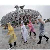 Wholesale One time Raincoat Fashion Hot Disposable PE Raincoats Poncho Rainwear Travel Rain Coat Rain Wear Travel Rain Coat CX01