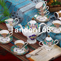 achat en gros de tasses à thé en chine-Jingdezhen Coffee sets European Style Bone China Coffee Cups et Saucers Anglais Afternoon Tea High-grade Gift