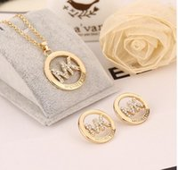 Wholesale 2016 new letters diamond hollow out necklace earrings jewelry set