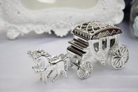 Cheap Free shipping gold silver clear European Styles Romantic plastic Candy Chocolate Boxes Carriage Bags Wedding gift Holder Favor box