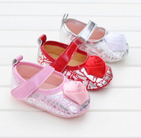 Wholesale Beautiful roses baby looper loafers new style girl PU soft bottom indoor pedestrian stumble toddler shoes