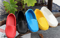 Wholesale Soft Sole Casual Leather Shoes - Kids Leather Sneakers Children Casual Shoes Soft Sole Flats Boat Shoes Hot Sale Boys Girls Shoes Fashion Baby Moccasins Shoes 2016 Size
