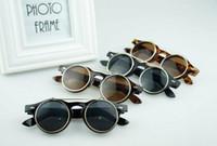 al por mayor goggles steampunk-LJJL250 Steampunk Goth gafas de sol redondas de metal de los vidrios retro del círculo tirón encima de los anteojos UV400 4 colores 100pcs