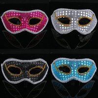 face painting supplies - 10PCS Christmas flat sequins cloth mask masquerade party supplies half face painting Multiple colors shipped randomly