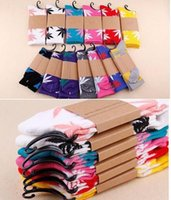 Wholesale 38 Colors christmas socks for men women cotton socks skateboard hiphop socks women plantlife sport socks pair