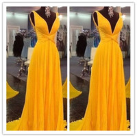 Wholesale New Style Yellow Prom Dresses Fashion Simple Straps Chiffon Evening Gowns Modest Backless Party Gown For Teens