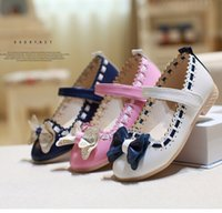 Wholesale Girls white dress shoes models bowknot princess shoes light leather Korean students color baby leather shoes for children