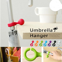 Wholesale Modern Design Cute Plastic Handy Mini Umbrella Hanger Holder Stand Support Rack Mount Color Random Home Decoration Easy Carry