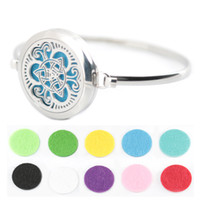bar and chain oil - New design adopt Aromatherapy L s steel Essential Oils Diffuser Locket bangle wrist and felt pads