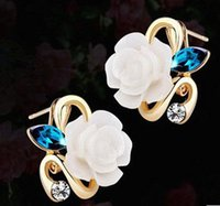 Wholesale South Korea s creative personality fashion gold plated jewelry white rose ear clip set auger Gem women earrings