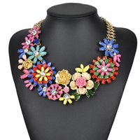 bib necklaces trend - N00173 Charm Trend Fashion Luxury Necklaces Unique vintage Pendants Resin Flower Bib Big Chunky Choker Necklace Statement for woman