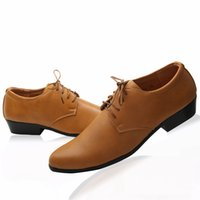 Wholesale White and Black PU Leather Shoes Men s Wedding Shoes Zipper Leisure Men s business casual shoes pointed toes party groom men dress shoes