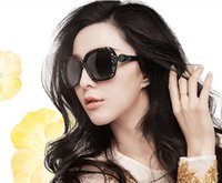 acrylic uv resistance - Female Fashion Sunglasses Retro Clean cuts Sunshine Resistance UV Protection Cheap Sun Glasses Black Eyes Cover with bags