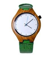 belts com - 100 Moda Natural de Bambu De Madeira dos homens Relógio com Pulseira de Couro Verde Genuíno Movimento de Quartzo Japonês Relógios Casuais
