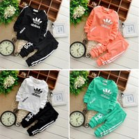 baby track suits - 2016 Hot new winter children cotton long sleeved track suit clothing set Children set baby set