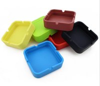 Wholesale ashtray New Soft Eco Friendly Pocket Round Shatterproof Cigar Rubber Silicone Ashtray Cinzeiro Smokeless Anti scal