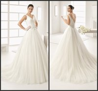 Wholesale Princess Ball Gowns V Neck Wedding Gown Count Trian Real Simples Design Cheap Price Bow Sleeveless Zipper Back Custom Fashion Style