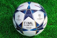 Wholesale Match Football Soccerball Soccer Euro Champions League Antiskid Competition Training NO Soft Skin Particles milan