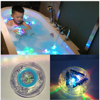 Wholesale Bathroom LED Light Kids Color Changing Toys Waterproof In Tub Bath Time Fun