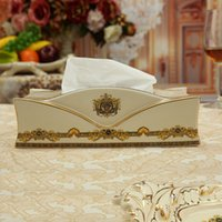 Wholesale Porcelain tissue box ivory porcelain the woman s head design embossed outline in gold tissue box pumping decoration luxury tissue boxs gift