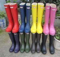 Wholesale Fashion Hunters Rain Boots for women wellies over knee high waterproof hunter boots low heel with buckle straps fashion for laday as a gift