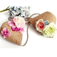 Wholesale Fashion Single shoulder Bag for Girls New Designs Women Bohemian Beach Bags Straw Bag with Flower Decoration