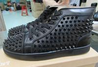 venda por atacado sapatos de luxo-High Top Studded Spikes Flats Casual sapatos de luxo parte inferior vermelha de 2016 Novo Para Homens e Mulheres do partido Designer amantes Sapatilhas de couro genuíno