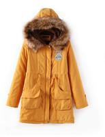 achat en gros de faux jaune manteaux de fourrure à capuchon-Nouveaux manteaux de fourrure Faux femmes 2016 hiver badge collier en fourrure courte long épaissir en plein air garder chaude manteaux à capuchon jaune noir S-XXXL