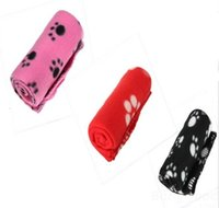 Wholesale Cute Handcrafted Cozy Warm Paw Print Pet Dog Cat Fleece Blanket Mats for dogs for cats Goods for pets Gifts