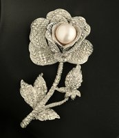 Wholesale Natural Freshwater Pearl Crystal Rose Brooch Pins Fashion Jewelry Women s High Quality