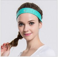 Wholesale Quick Dry Highly Elastic Green Fitness Sweatband Comfortable Breathable Womens Yoga Hair Bands Fashion Ladies Sports Handband