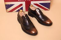 Wholesale Hot Sale Men Business Retro Brogues Oxfords Pointed Toe Genuine Leather Cut Out Dress Shoes Wedding Shoes Size