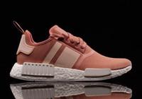 venda por atacado men shoes footwear-Novo NMD R1 PK Calçados Homens Mulheres ROSA Running Shoes