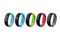 Wholesale Bluetooth Fitness Activity Tracker Smart Band Wristband Pulsera Inteligente Smart Bracelet Fit Bit ios B17