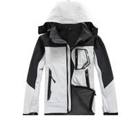 Wholesale High quality Outdoor sports Hiking Jacket Men Windstopper Softshell Jacket Men Waterproof Outdoor jaqueta masculina Jacket camping coat