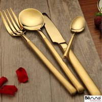 Wholesale Seiko retro gold plated stainless steel spoon Western style food cafe home steak knife fork spoon tableware four suit