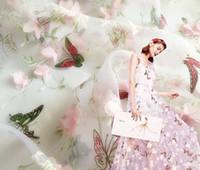al por mayor cosiendo flores 3d-2 Yard Ancho 140 cm de mariposa de la flor de organza 3D Tela chiffion del cordón del vestido de novia Ropa de costura de muñeca de DIY