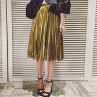 Wholesale Women Pleated Glitter Skirts Designer Gold Bling Bling Flared High Waist Tutu Party Medium Long Skirt Style Ladies Summer Wear