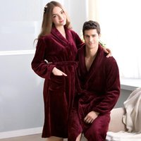 Wholesale High quality Robes Autumn winter flannel robes lovers sleepwear fashion warm bathrobe bathrobes coral fleece ty0718