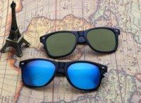 TIENDA gafas de sol clásicas de la manera hombres polarizaron los vidrios de Sun de las mujeres marca de diseñador de gafas de sol Polaroid barato gafas de sol negro