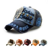Wholesale 2016 New Unisex Cotton Baseball Caps Letter Embroidery Rivet Snapback Hats For Men Women Fashion Hip Hop Couple Ball Caps