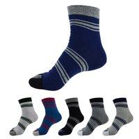 animal free tube - New Arrive Pair Men Five Finger Toe Socks Fashion Middle Tube Sports Running Socks amp