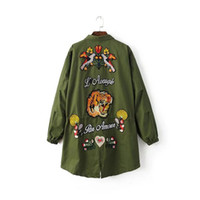 bee cardigan - 2016 High Fashion Stand Neck Tiger butterfly bees Embroidered Jacket autumn and winter true brand hip hop clothing plus size black